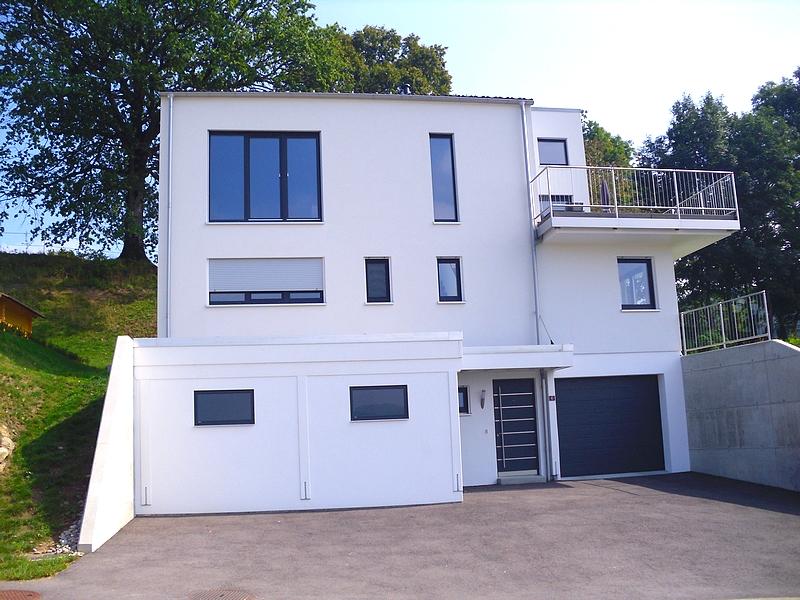 Villa de plus de 1'100 m3 sur trois niveaux