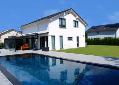 villa-region-yverdon-facade-piscine-veranda