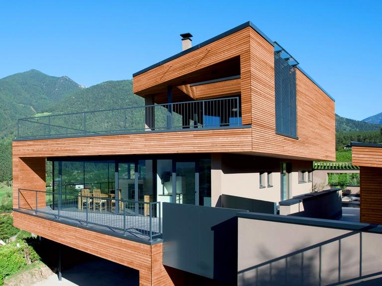 Villa sur-mesure avec façade bois